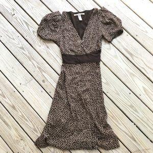 Diane Von Furstenberg sz 6 Brown Silk Wrap Dress